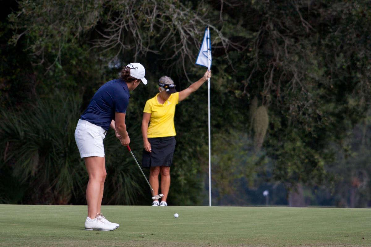 best women's golf clubs main image